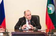 Глава Карачаево-Черкесии Рашид Темрезов  провел оперативное рабочее совещание с членами Правительства республики