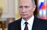 Владимир Путин поздравил россиянок с 8 Марта стихами и добрыми пожеланиями