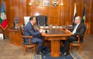 Глава Карачаево-Черкесии Рашид Темрезов провел рабочую встречу с Министром финансов Карачаево-Черкесии Рустамом Элькановым