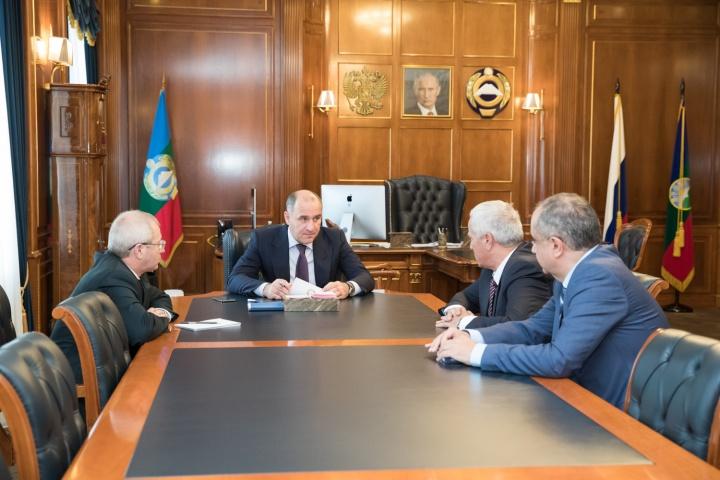 По решению Главы Карачаево-Черкесии с 2019 года в регионе будут оказываться дополнительные меры поддержки семьям, в которых родится второй ребенок