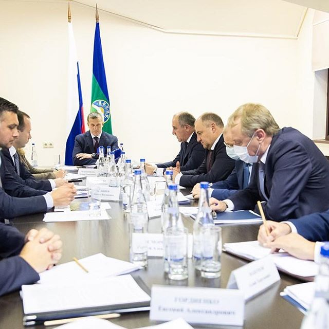На курорте Архыз было проведено большое совещание по социально-экономическому развитию республики